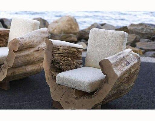 Pequeño sofa de un tronco hueco   Beach Cottages   Pinterest