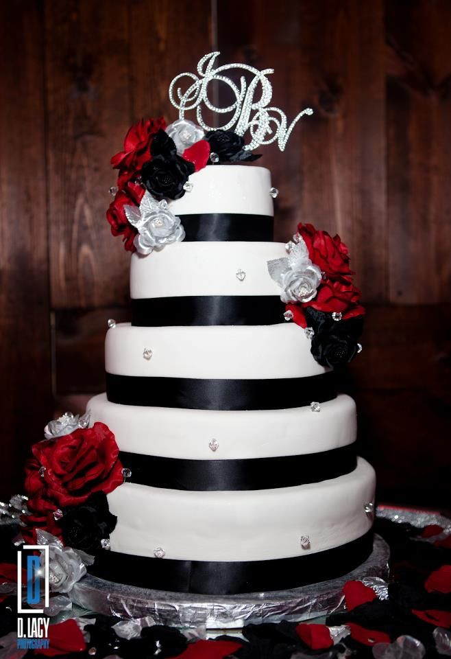 square black and white wedding cakes pictures%0A Red  black  and white wedding cake