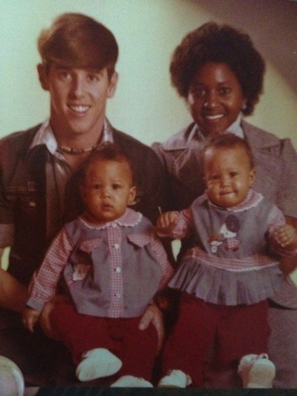 Tia & tamera mowry mom and dad