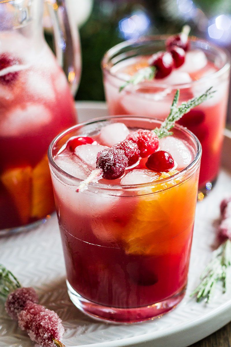 Cranberry Pineapple Sangria #drinks