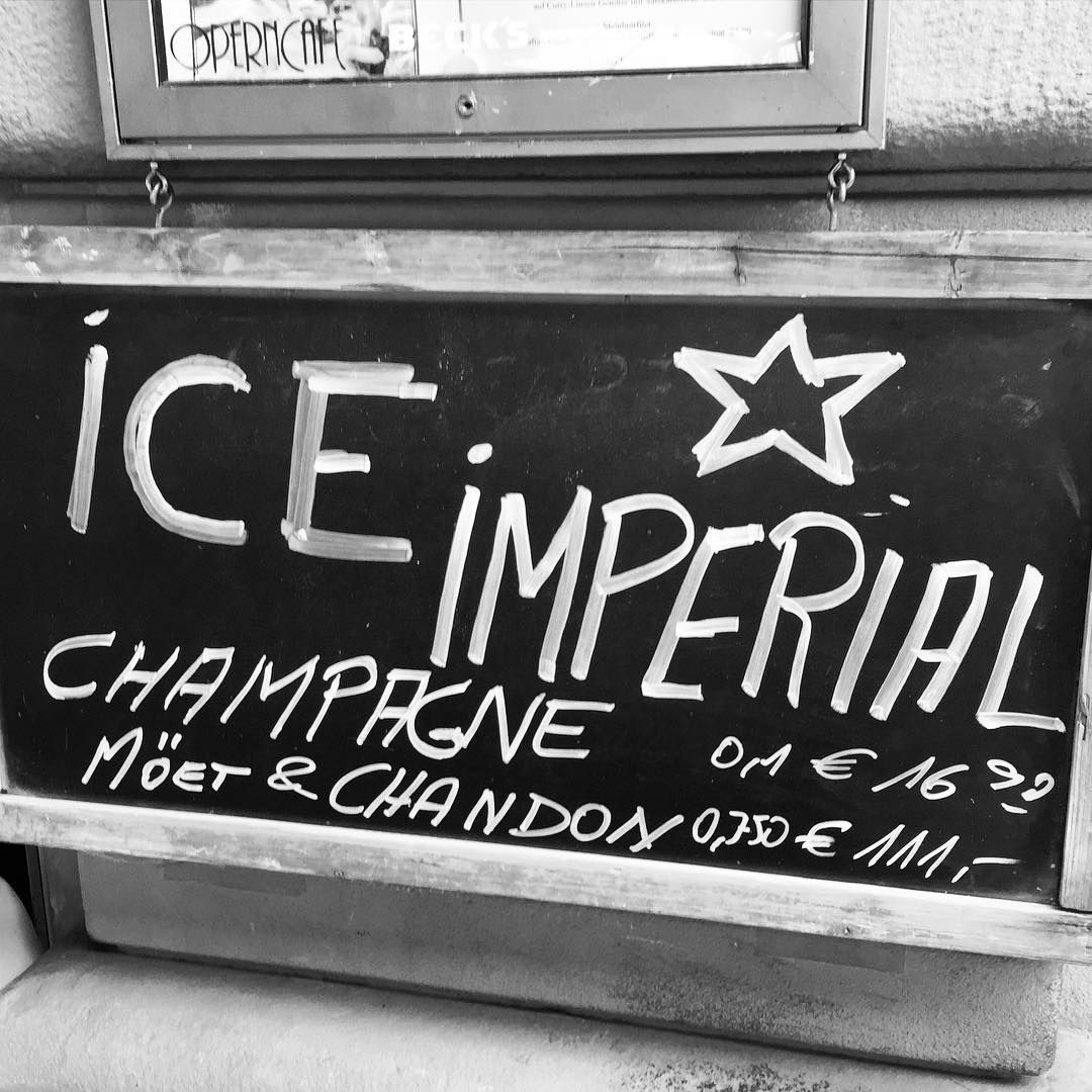 Champagne is always a good idea!  #iceimperial #champagne #drink #lunch #dinner #foodie #food #wine #restaurant #alteoper #opernplatz #operncafe #frankfurt #travel #germany #instagood #instalike #instadaily #chic #posh #elegant #graffiti  #style #fashion #photography #art #sign #moetchandon #moet