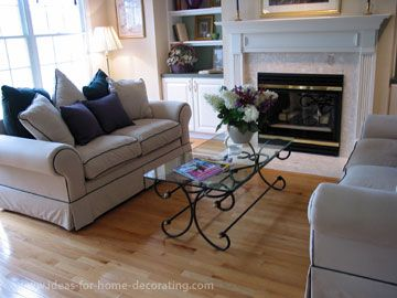 small living room furniture arrangement with fireplace and bay ...
