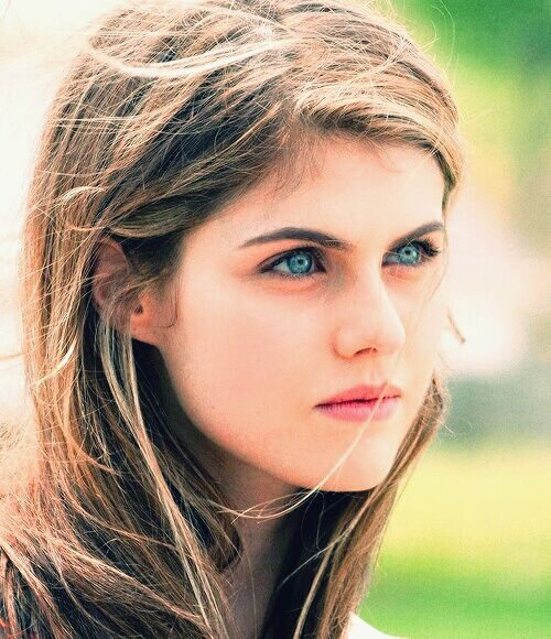 Alexandra Daddario Shes So Prettyyyyy My Second Girl Crush After Park Gyuri