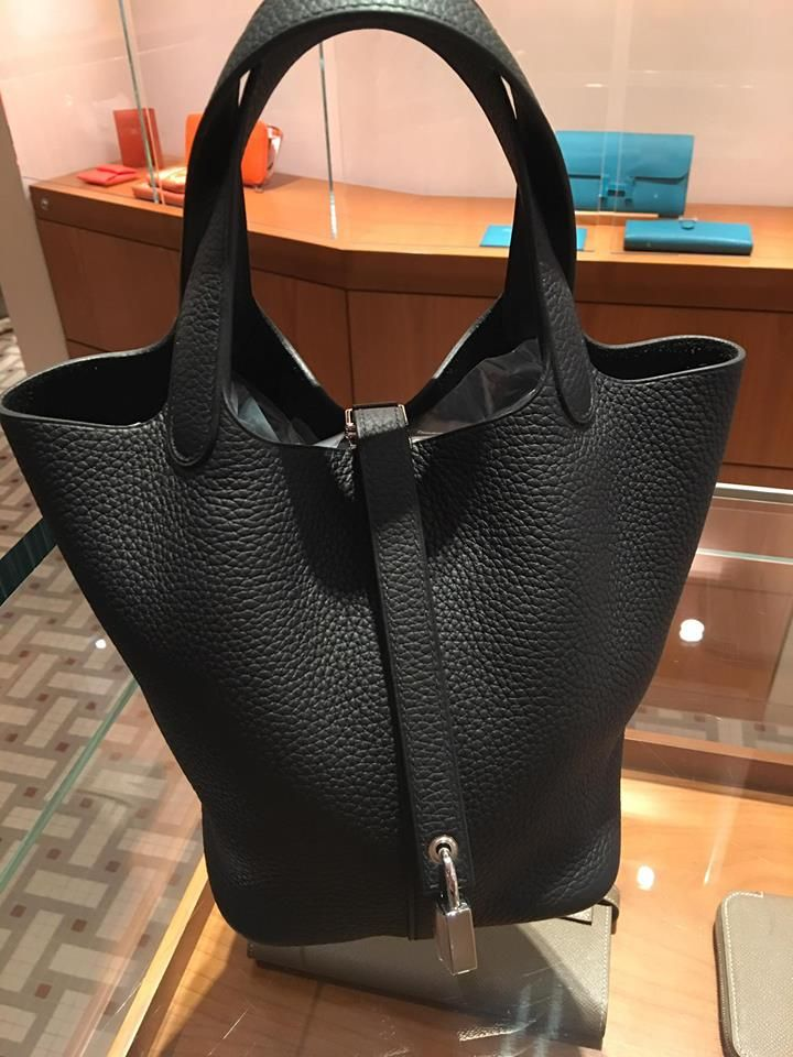 50df5b239a73 Hermes Picotin 22cm in Black Clemence