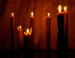 Image from http://www.orthodoxcandles.com/beeswax-candles-pictures/2012/06/natural-beeswax-candles.jpg.