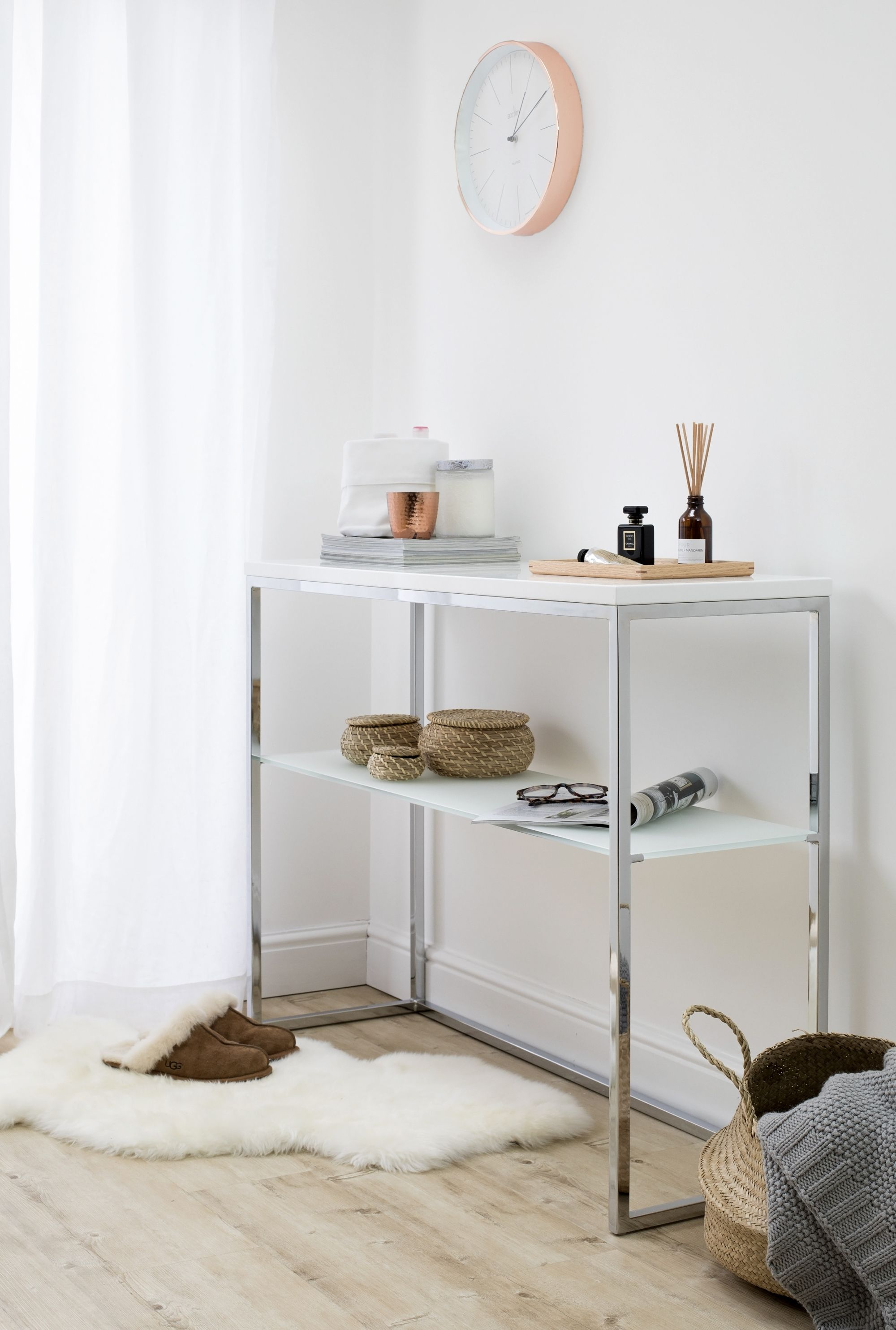 Acute white gloss and chrome console table console table styling acute white gloss and chrome console table geotapseo Images