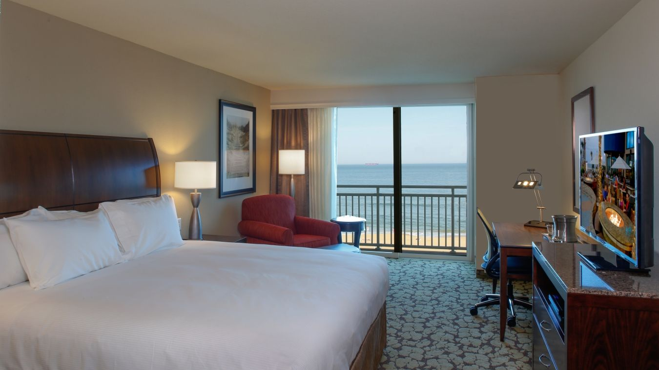 Oceanfront King Guest Room At The Hilton Garden Inn Virginia Beach Oceanfront Virginia Beach Hotels Hilton Garden Inn Hotels Modern Hotel