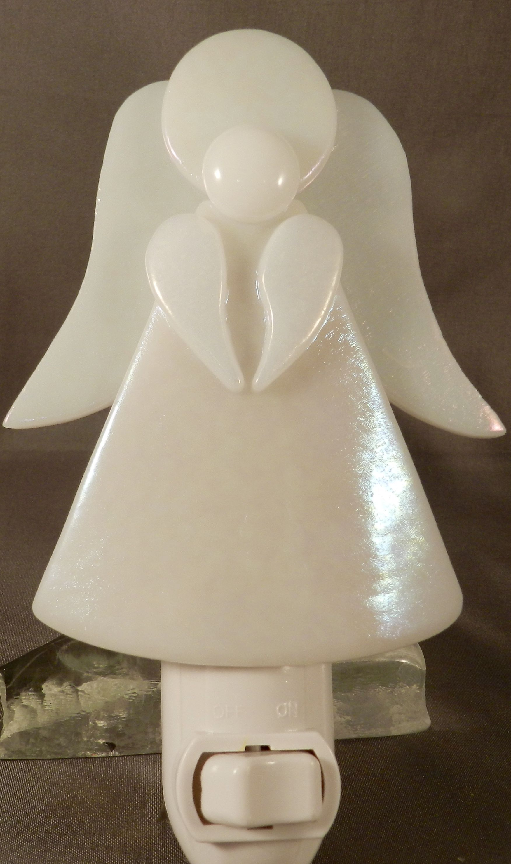 angel night light in white iridescent glass | Fused glass night ...