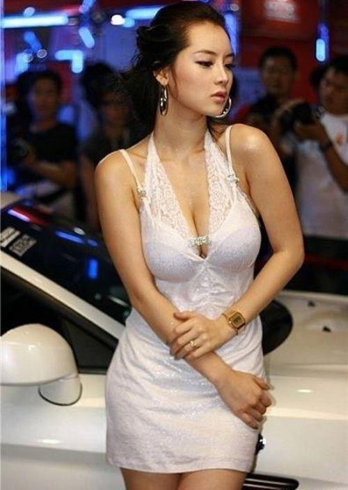 show girl Asian car