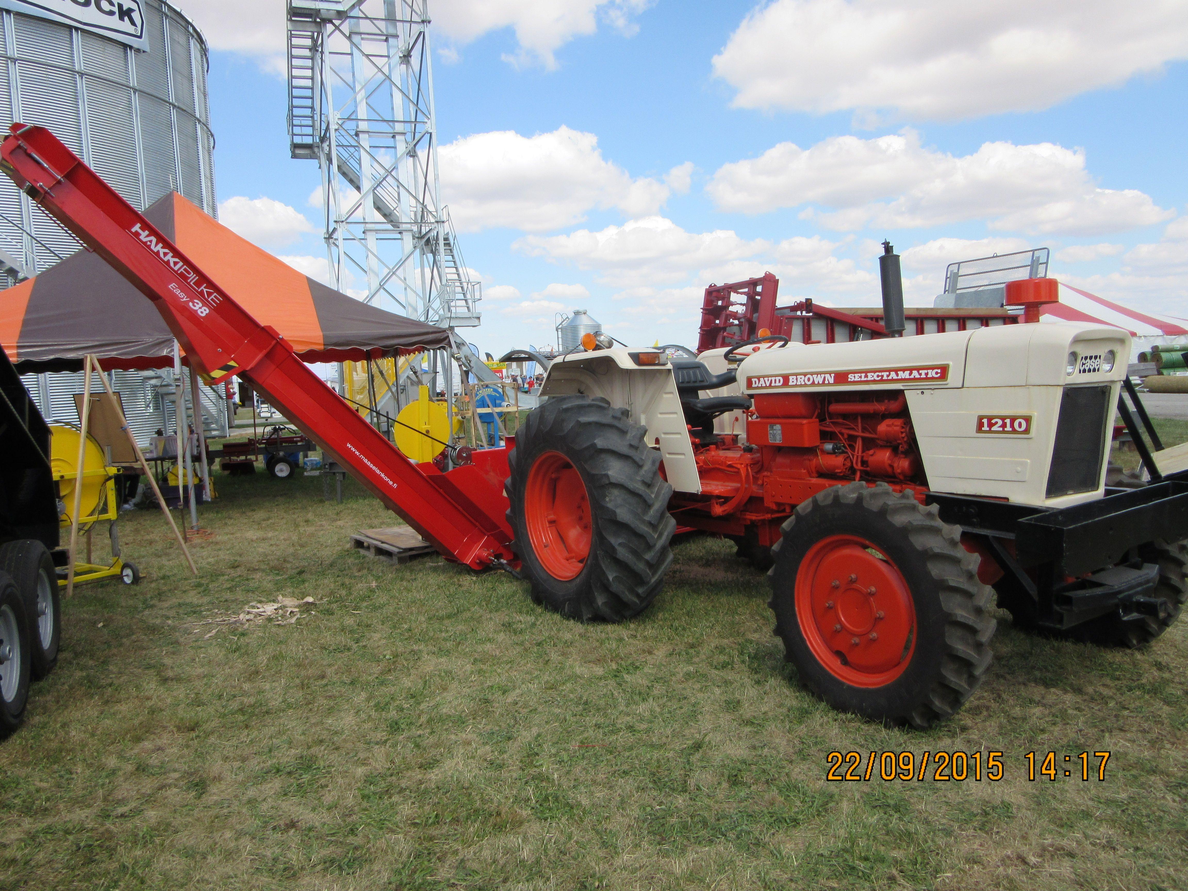 Case 1210 Tractor Parts : David brown selectamatic powering hakkipilke easy