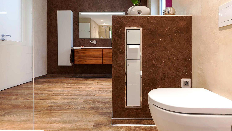 Begehbare Dusche Mit Glaswand Fliesenloses Wohnliches Bad Begehbare Dusche Glaswand Und Walk In Dusche