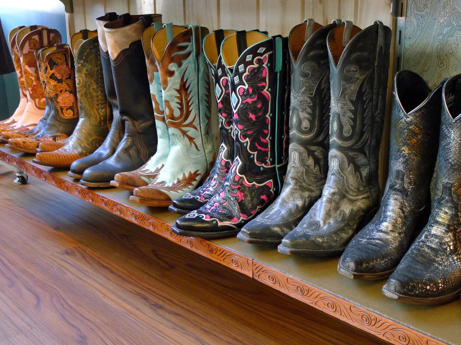 Lucchese Boots Made In San Antonio I Want The Middle