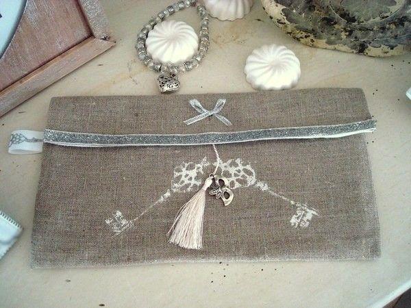 Pochette de sac en lin clés blanches, création Déco à Coeur