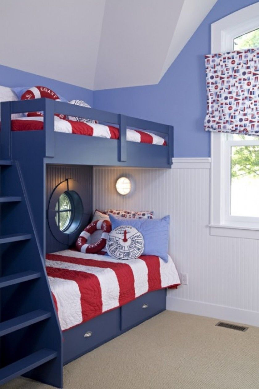 Bedroom Chic Boys Bedroom Put Blue Loft Bunk Bed With Red White Mattress In The Corner Space Kinder Zimmer Kinderzimmer Design Schlafzimmer Design