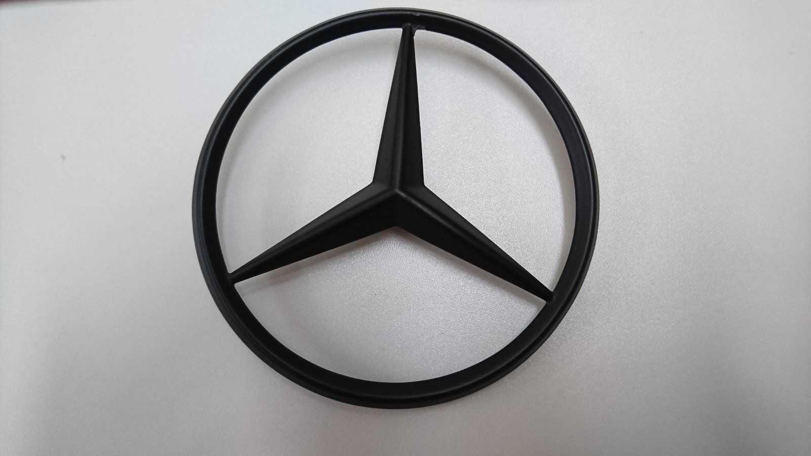 Mercedes logo schwarzer hintergrund