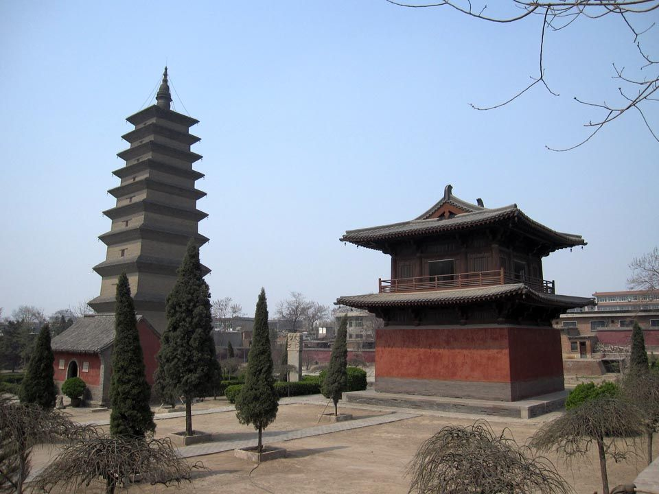 the Pagoda at Zhengding Kaiyuan is without an internal staircase