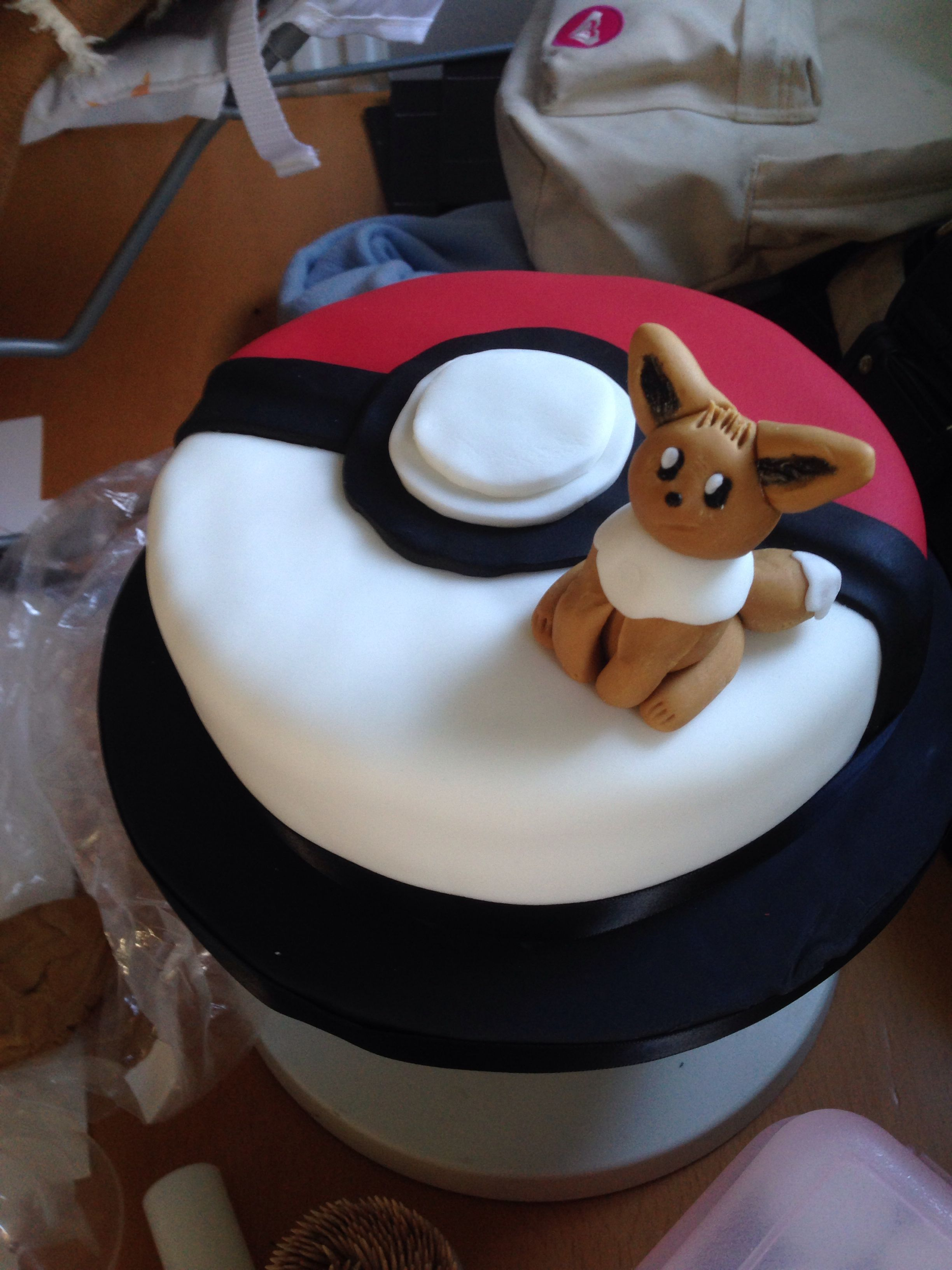 Eevee Pokemon Cake Food Amp Drinks Pinterest Cake And