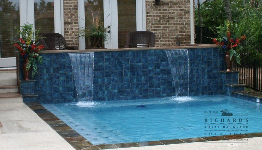 Richards-Custom-Features-dual-waterfall-and-small-square-pool.jpg 873×500 pixels