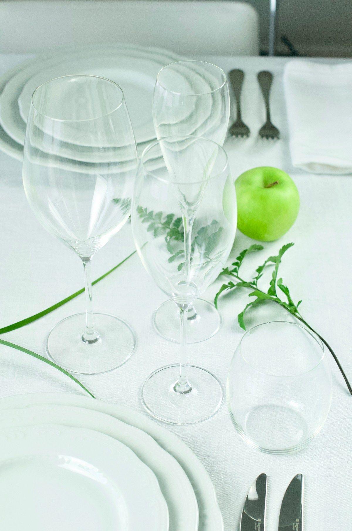 Posizione Bicchieri A Tavola.Piatti Bicchieri Posate E Segnaposto Una Guida Esaustiva