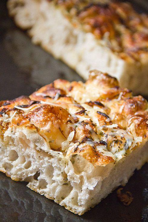 Dinkel-Focaccia - Plötzblog - Selbst gutes Brot backen