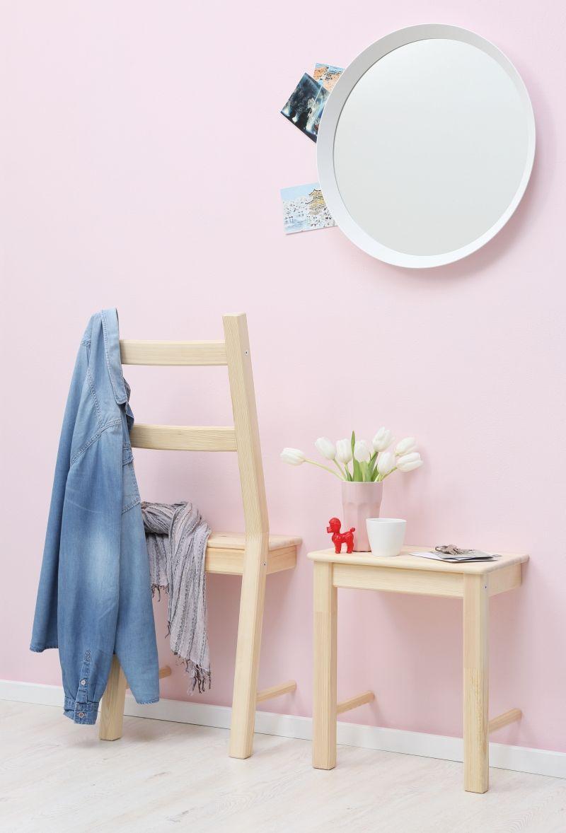 two in one: ein zersägter stuhl ergibt einen herrendiener plus, Wohnzimmer dekoo