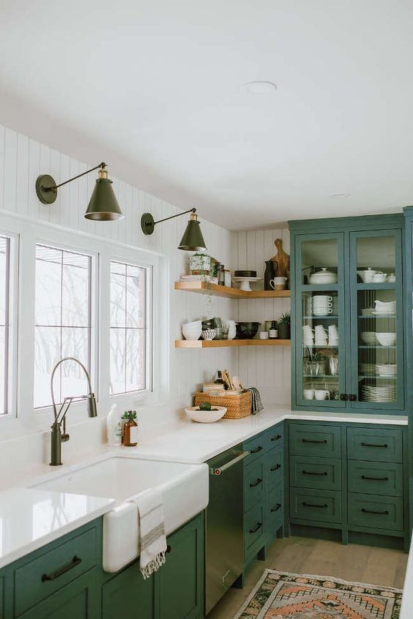 Breathtaking 40 Best Kitchen Backsplash Decor Ideas Http Gurudecor Com 2018 12 31 40 Best Kitchen Green Kitchen Cabinets Dark Green Kitchen Kitchen Interior
