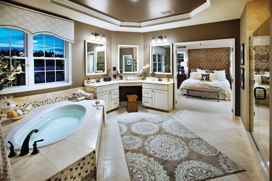 Elegant Master Bathroom in the Harding Country