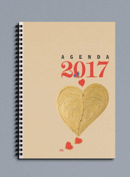 agenda settimanale in carta reciclata con design d'autore