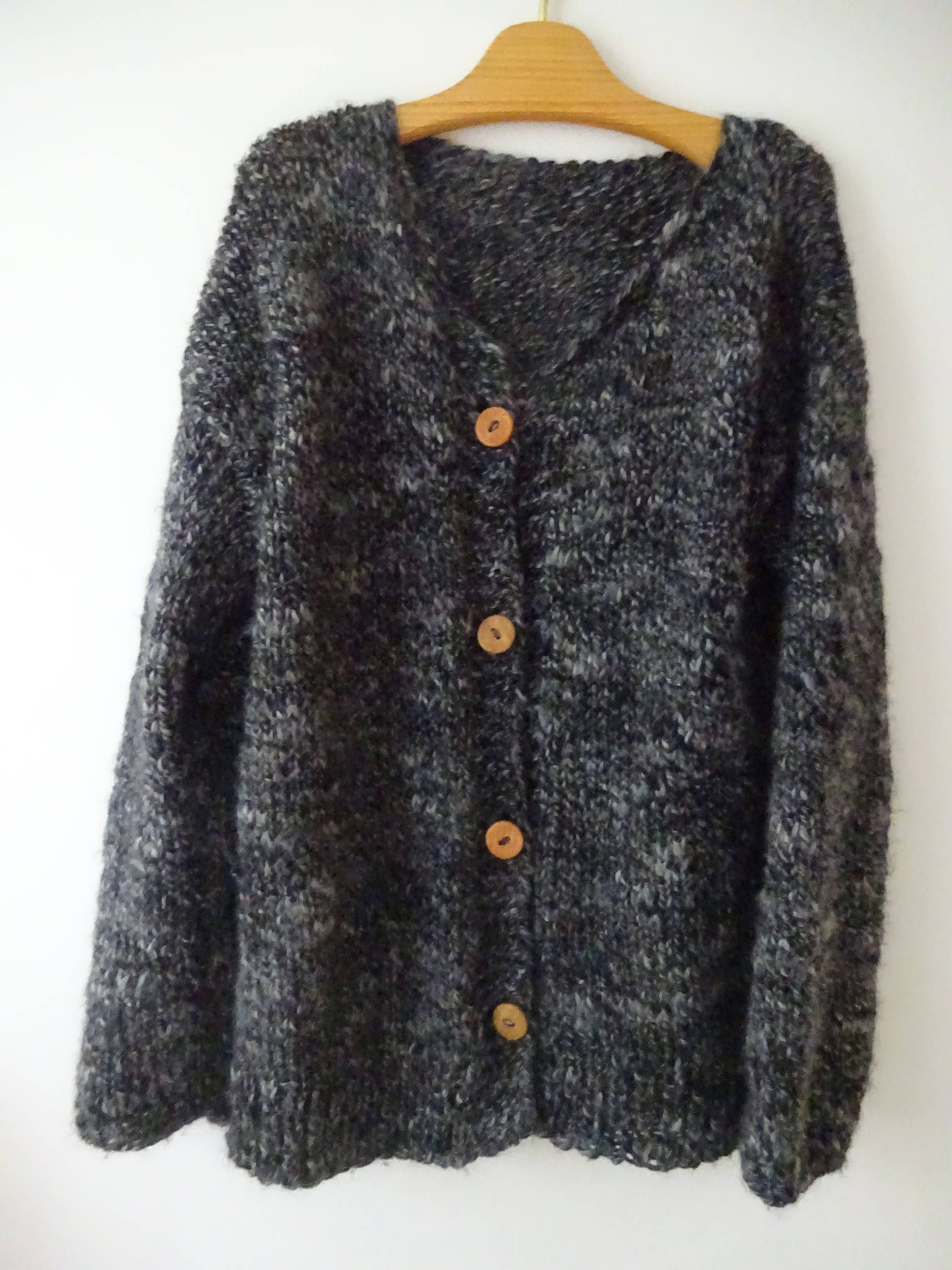 Chunky cardigan; slouchy cardigan; fall clothing; cardigan; knitted cardigan; urban clothing knitted; fall fashion; knit gift; trend; cozy