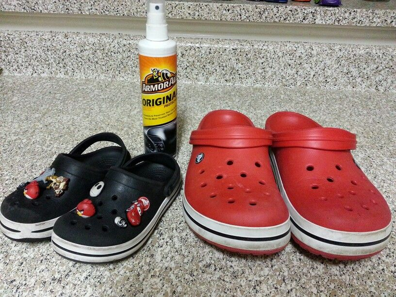 Shine Your Crocs Don T Have To Buy Crocs Butter After You Clean Your Crocs With Magic Eraser For White P Cleaning Leather Shoes Diy Household Cleaners Crocs