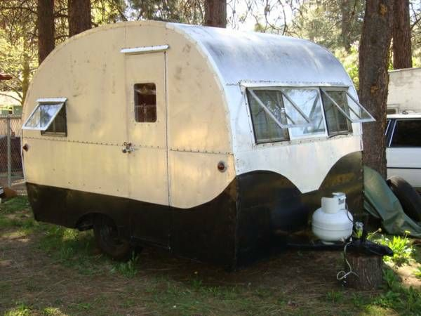 Original 1949 Kit 10 Sometimes Called A Kitten Sweet Interior Simple Systems Perfect For Rustic Ge Vintage Campers Trailers Vintage Trailers Vintage Vans