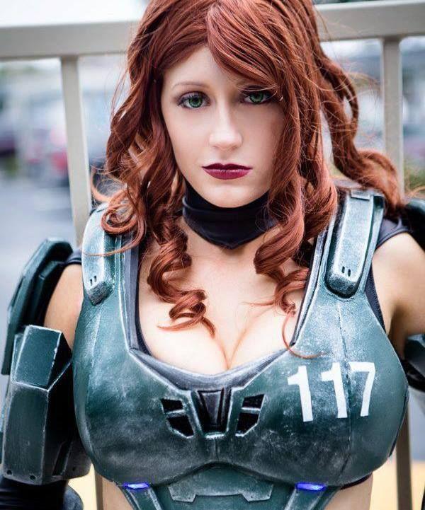 masterbating girl Halo cosplay