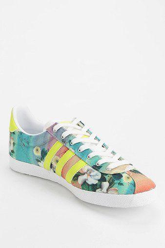 Escalera Cuyo Desde allí  adidas Gazelle Floral Farm Sneaker | Sneakers, Sneakers fashion, Womens  sneakers