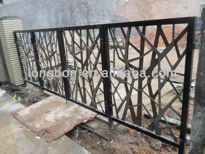 Port o ferro forjado bonito relevo acabamentos e for Iron garden gate designs