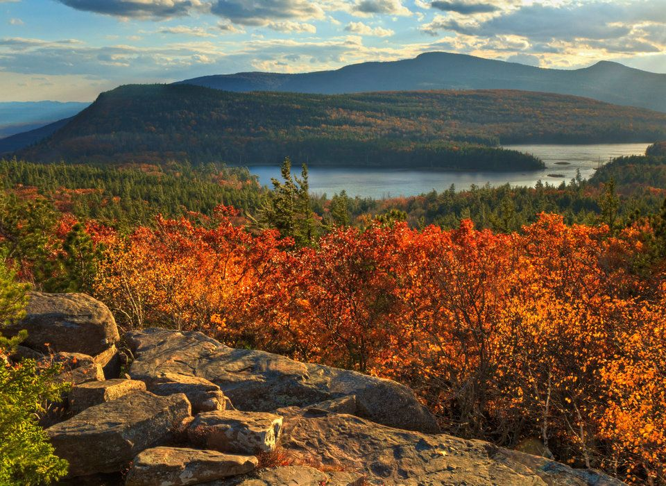 The Best Fall Leaf Peeping Road Trips | Jetsetter
