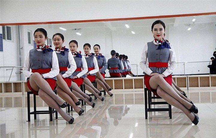 working class uniforms hours