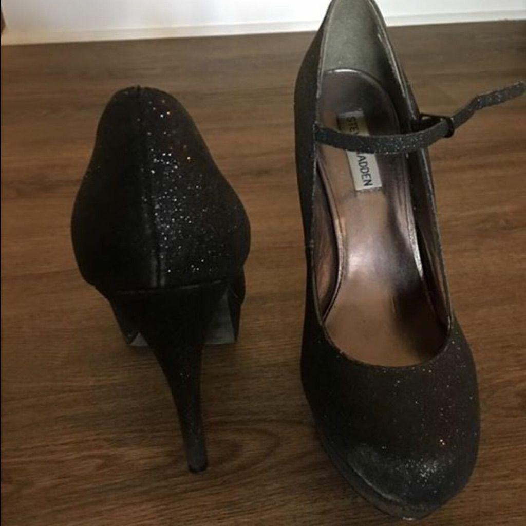 Steve Madden Black Glittery Heels