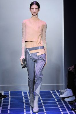 Balenciaga Spring 2009 Ready-to-Wear Fashion Show: Complete Collection - Style.com