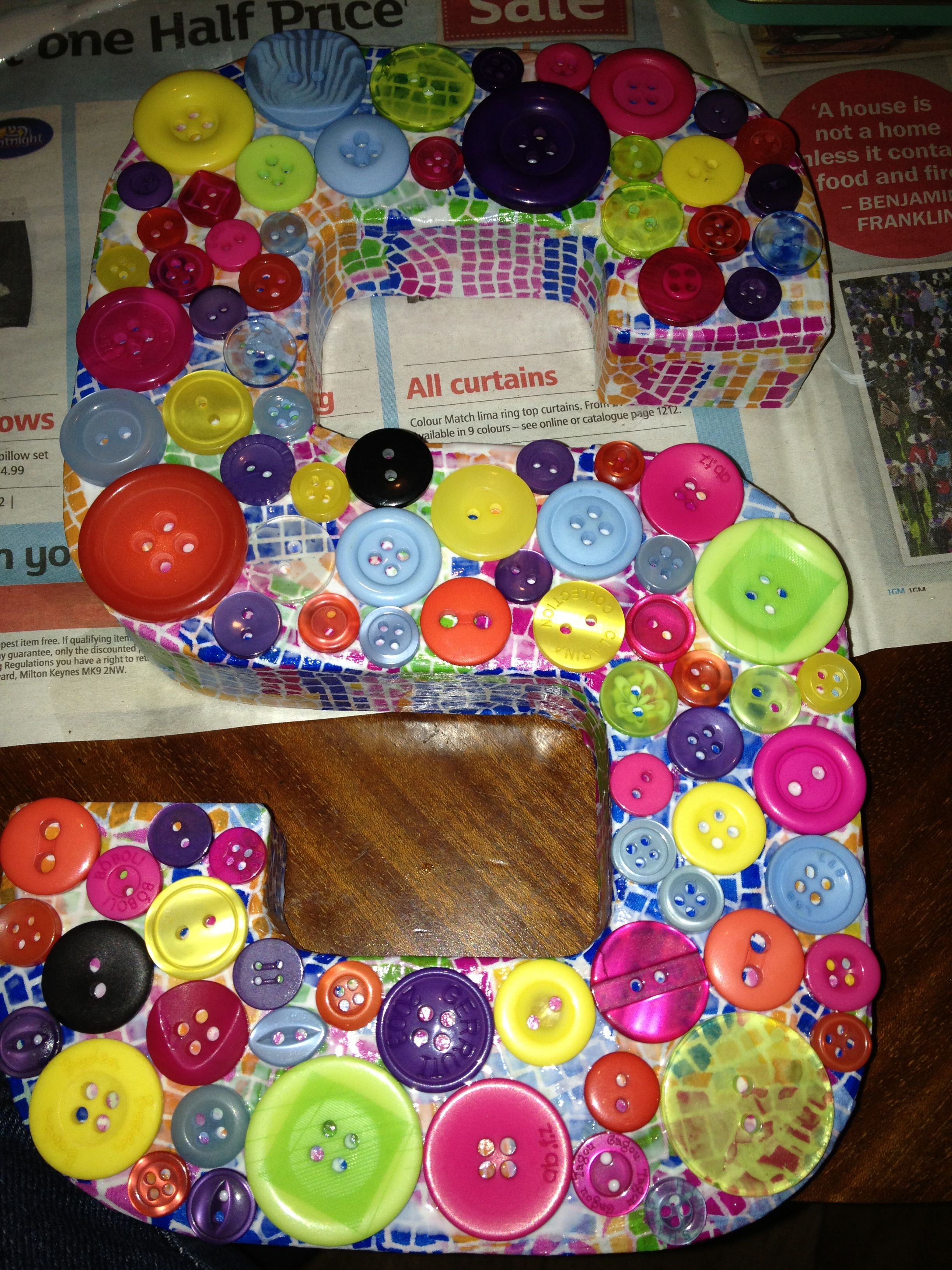 Decopatch intial letter S with buttons very colourful Birthday