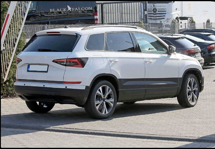 The 2019 Skoda Yeti Offers Outstanding Style And Technology Both Inside And Out See Interior Exterior Photos 2019 Skoda Yeti Skoda Yeti Egypt Design Skoda