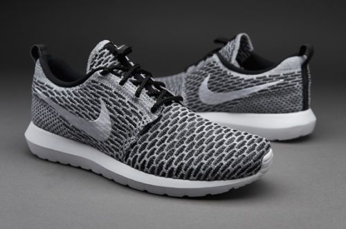 NEW Men's Nike Roshe Run Flyknit 12 Black Dark Grey White 677243-008 Oreo  HTM