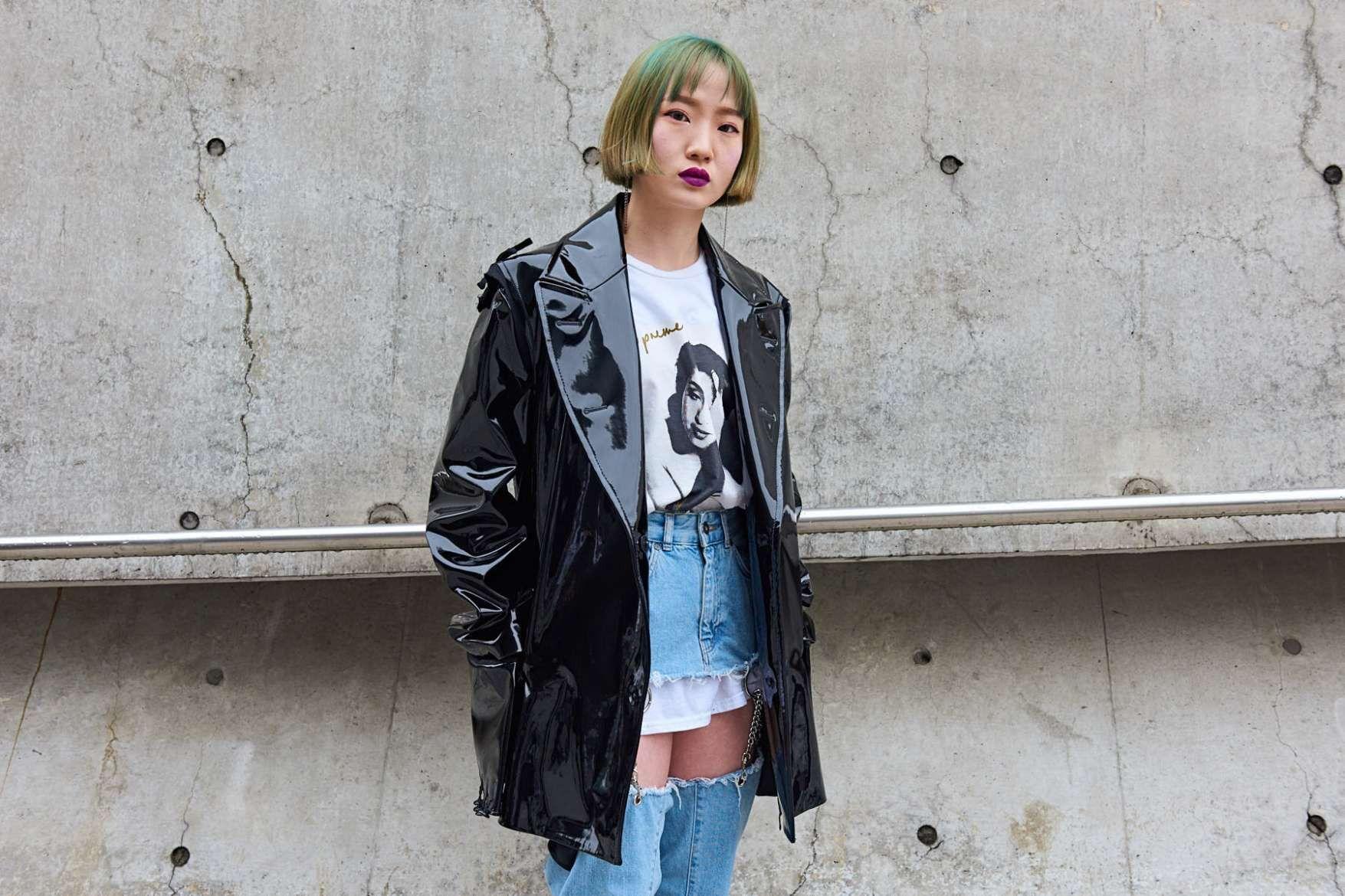 a77fb29b138c The Final Day of Seoul Fashion Week Fall/Winter 2018 Street Style ...