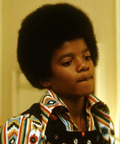 Michael Jackson <33 - young-michael-jackson Photo