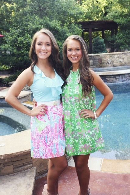 Sisters in Lilly Pulitzer
