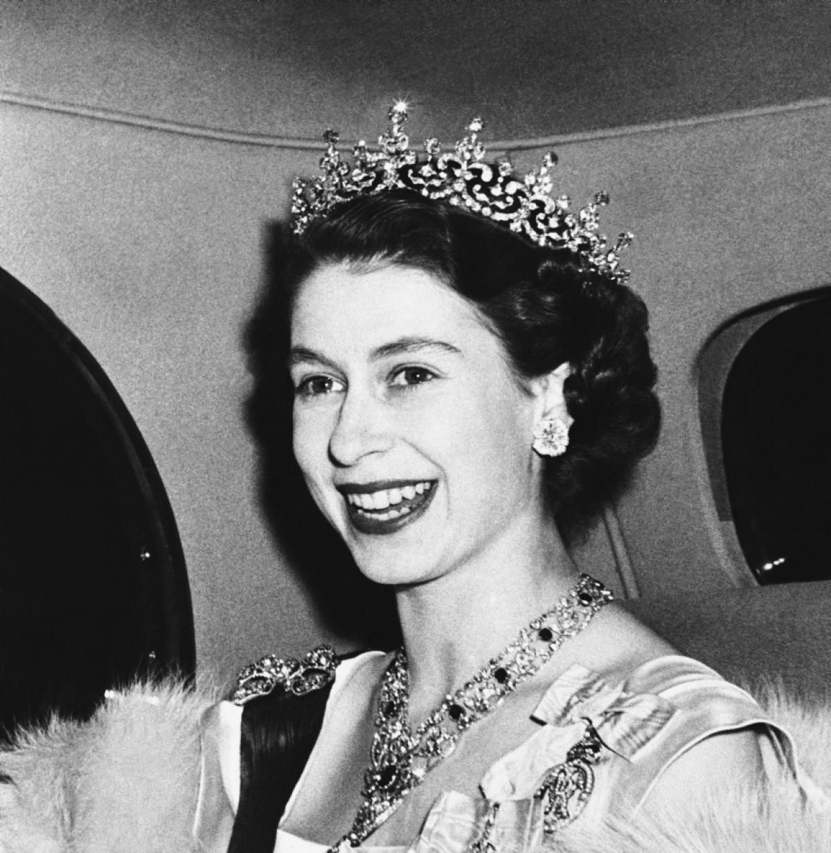 Queen Elizabeth Ii 1950 Photos The Life And Reign Of Queen