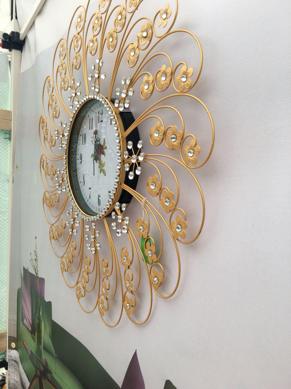Silent Wall Clock Golden Flower Elegance Design For Home