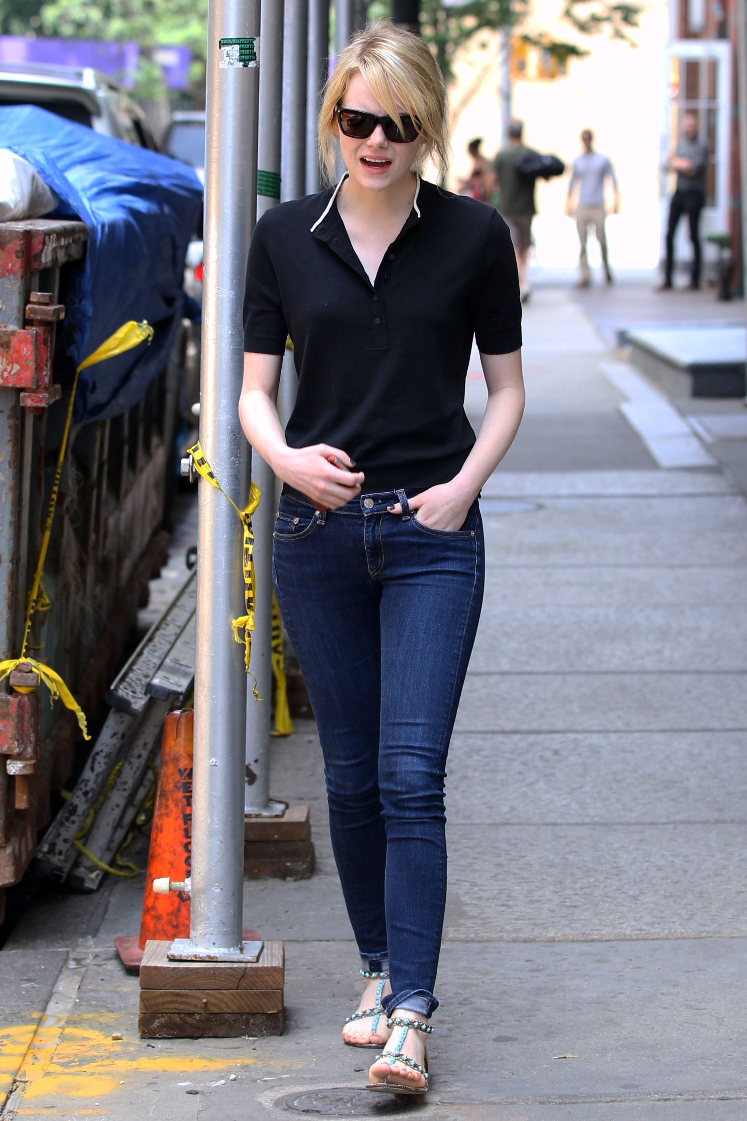 Emma Stone. She won an Academy Award for Best Actress for playing ...
