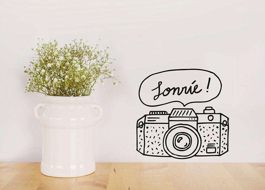Illustration for the decorative wall stickers brand Chispum #illustration #camera #smile #vinyl #barcelona