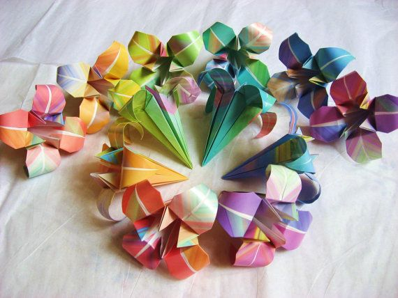 12 Large Japanese Origami Irises