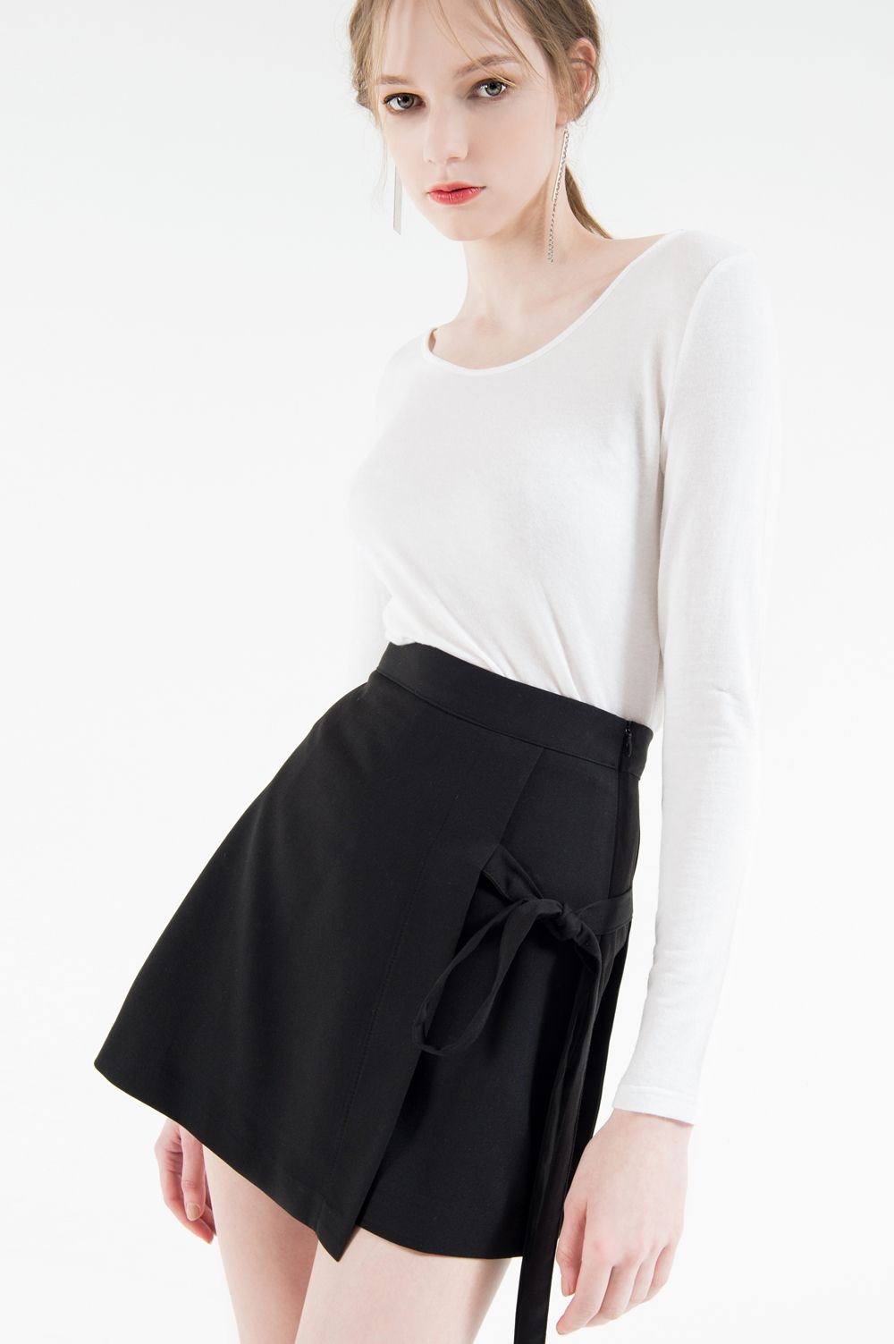 Plain U-Neck Top   mixxmix   Shop Korean fashion casual style clothing, bag, shoes, acc and jewelry for all